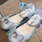 子供のガラスの靴(ラバーサンダル)が履くときに痛い!靴ずれ対策はある?